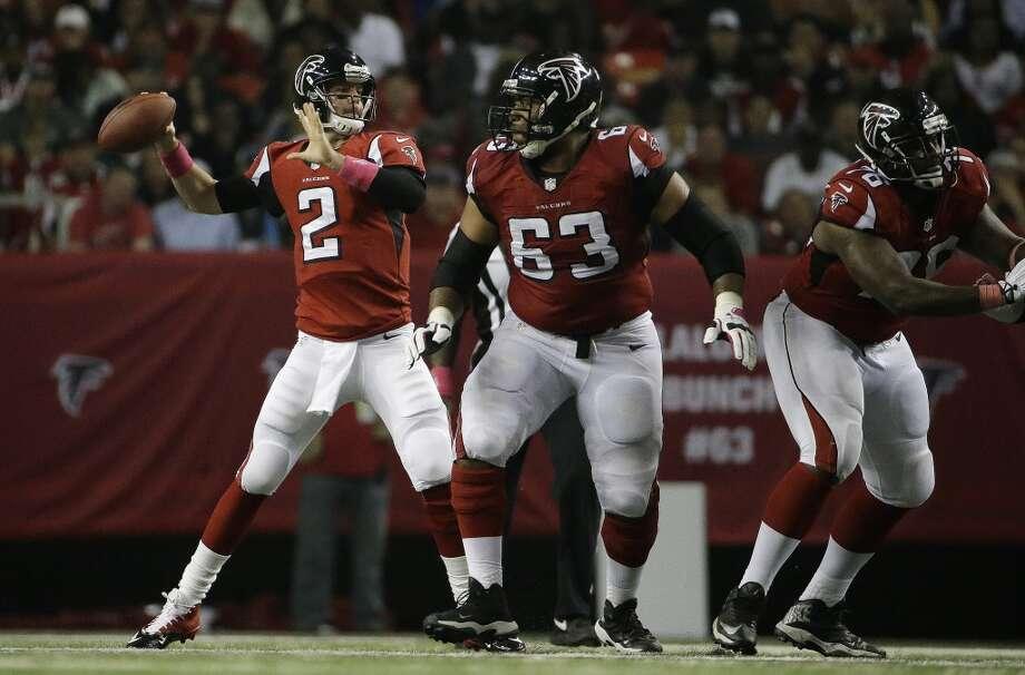 Tampa Bay (0-5) plus-7 at Atlanta (1-4): Falcons 34-13 Photo: David Goldman, Associated Press
