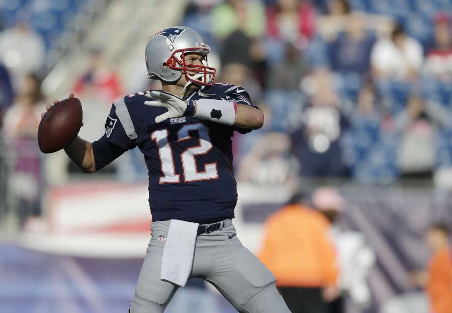 New England (5-1) plus-4 at NY Jets (3-3): Patriots 23-13 Photo: Steven Senne, Associated Press
