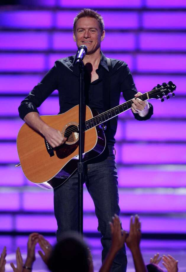 Bryan Adams performs during the season finale of American Idol on Wednesday May 21, 2008, in Los Angeles. (Mark Mainz/AP Images for Fox) Photo: Mark Mainz / FXXTV Fox
