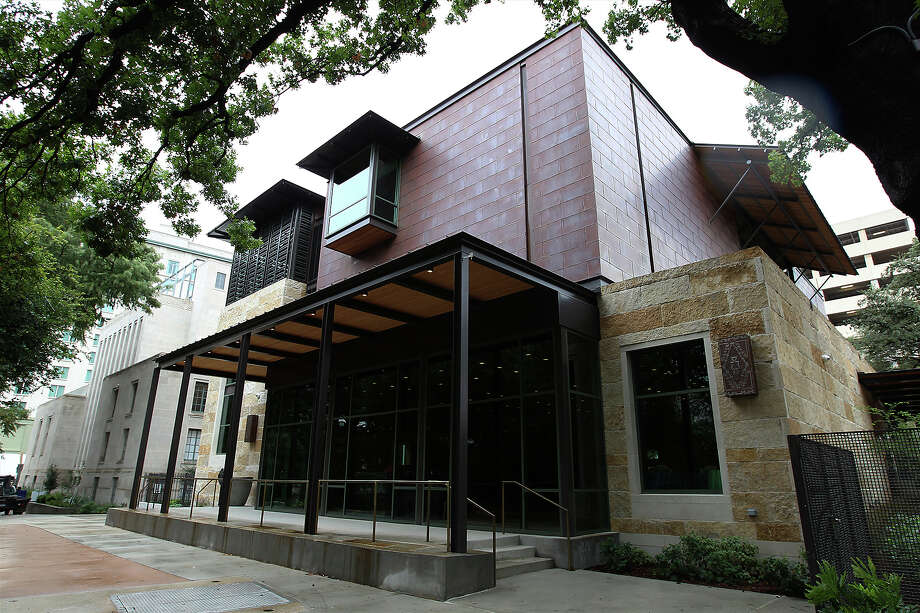 Exterior of the Briscoe Western Art Museum on Wednesday, Oct 16, 2013. Photo: Kin Man Hui, San Antonio Express-News / ©2013 San Antonio Express-News