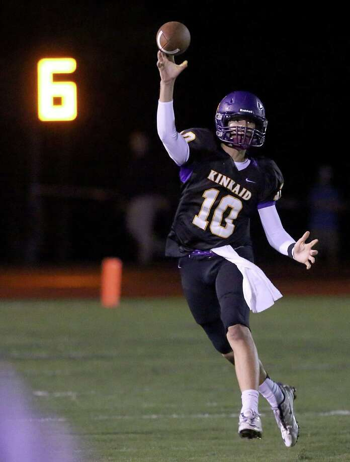 10/18/13: Kinkaid Flacons J.T. Granato (10) completes a pass against the Episcopal Knights  in a high school football game at Kinkaid School in Houston, Texas. Photo: Thomas B. Shea, Houston Chronicle / © 2013 Thomas B. Shea