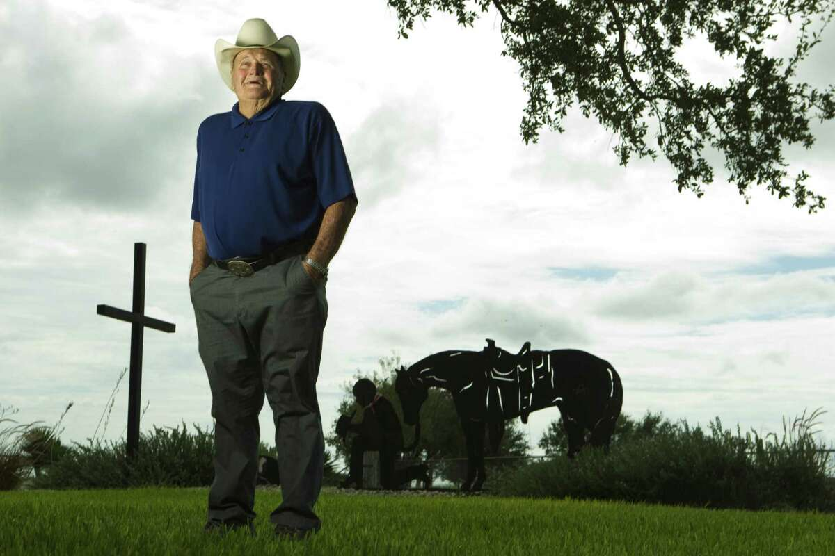 """Former Oilers coach O.A. """"Bum"""" Phillips, shown in 2010, spent the last several years of his life at his ranch near Goliad."""