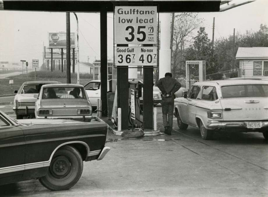 "In December 1973, cars line up on ""gasless Sunday"" at a Gulf service station on South Loop East to purchase rationed gas at 35 cents. President Nixon had called for a new program of Sunday gas station closings to start Dec. 2, 1973 to help reduce fuel consumption. Photo: Houston Chronicle"