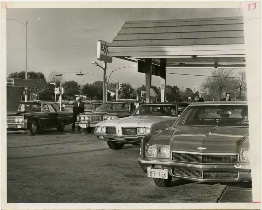 An Exxon station at Fondren Road and Bellaire Boulevard was one of many in Houston doing a landslide business in February 1974 as drivers waited patiently for their turns at the pumps. Photo: Larry Evans, Houston Chronicle