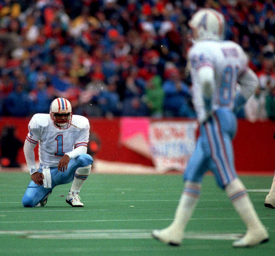 The Oilers' 1992 AFC wild-card collapse and loss at Buffalo remains one of Houston sports' toughest gut punches, if not the worst. Photo: Dave Einsel, HC Staff / Houston Chronicle