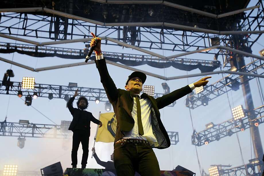 Jillionaire (left) and Walshy Fire of Major Lazer perform at the Treasure Island Music Festival in San Francisco, Calif. on Saturday, Oct. 19, 2013. Photo: Raphael Kluzniok, The Chronicle