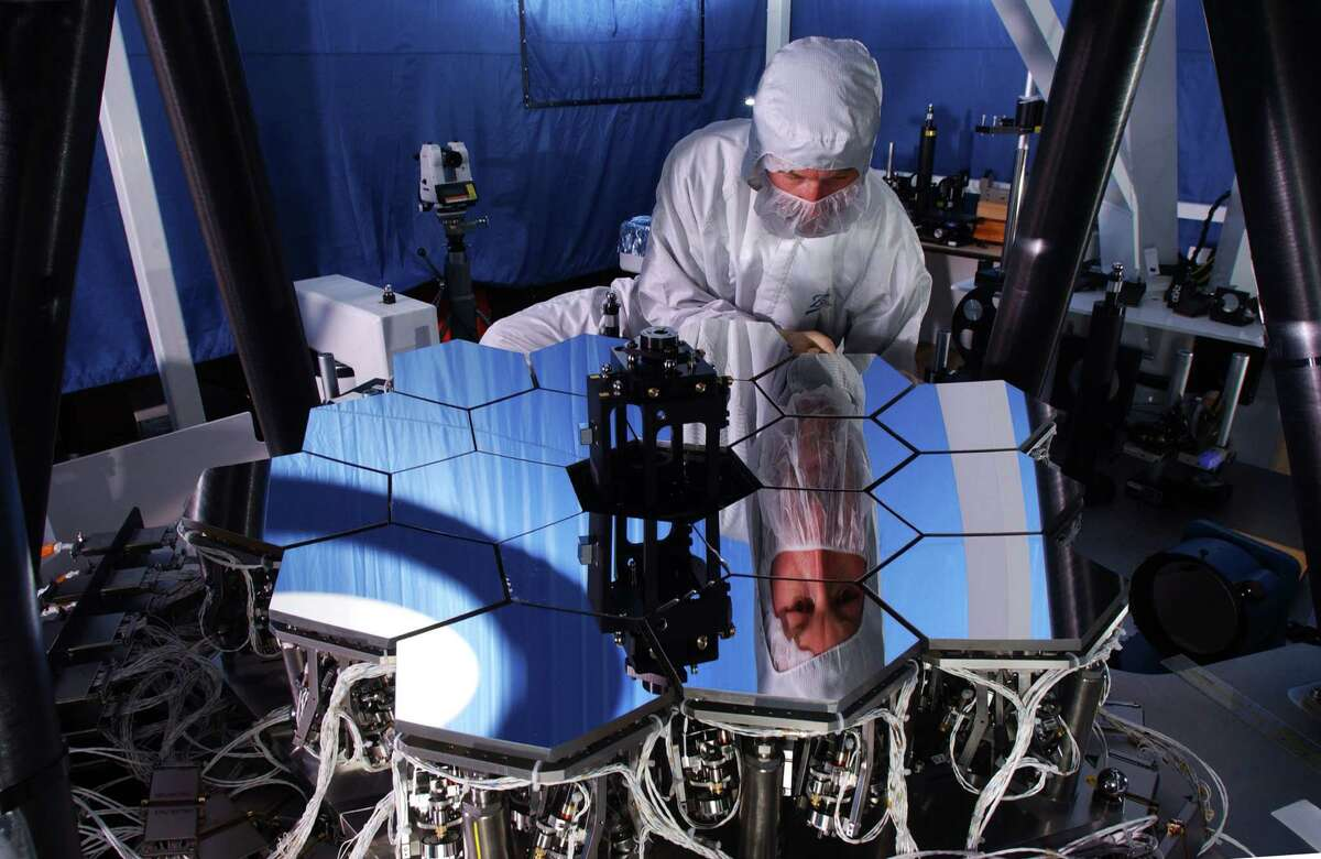 Ball Aerospace has delivered Wavefront Sensing & Control software for the James Webb Space Telescope.