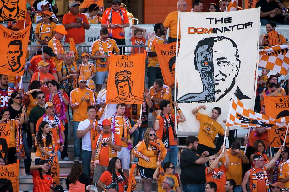 Dynamo supporters cheer their team against the Red Bulls. Photo: Smiley N. Pool, Houston Chronicle / © 2013  Houston Chronicle