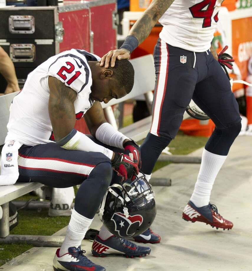 Texans cornerback Brice McCain sits on the bench near the end of the loss to the Chiefs. Photo: Brett Coomer, Houston Chronicle