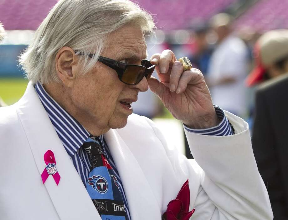 Bud Adams stands on the sidelines before a Texans-Titans game in Nashville in 2011. Photo: Brett Coomer, Houston Chronicle