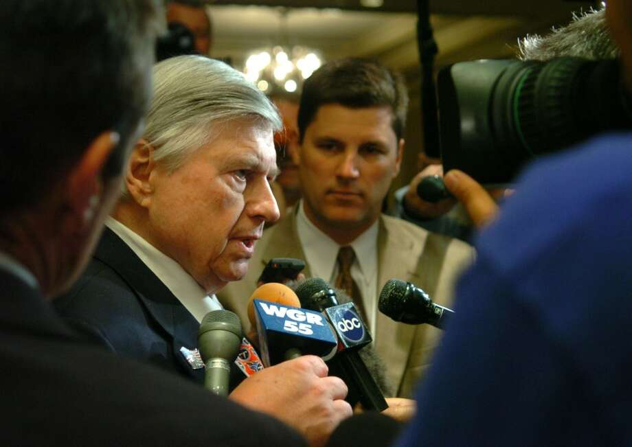Bud Adams talks to the media during a break at the Spring League Meetings in this May 24, 2005 photo. Photo: Kevin Wolf, Associated Press