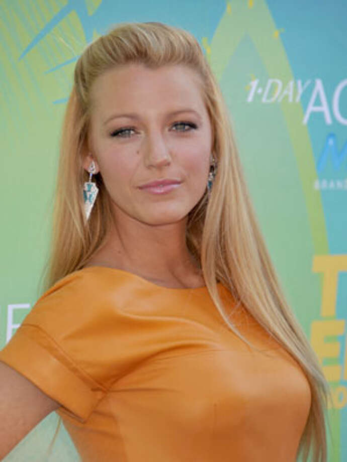 Blake Lively Photo: Getty Images / 2011 Gregg DeGuire