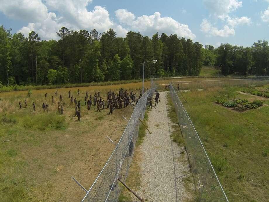 The Prison - The Walking Dead _ Season 4, Episode 2 - Photo Credit: Gene Page/AMC