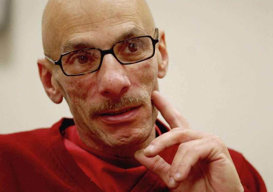 Doctor/artist Fred Shapiro dies