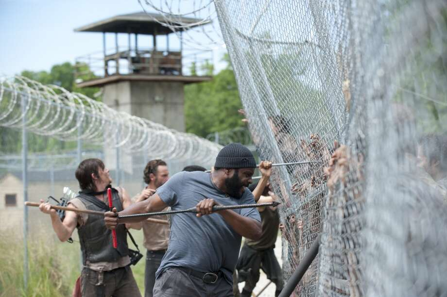 Rick Grimes (Andrew Lincoln), Daryl Dixon (Norman Reedus) and Tyreese (Chad Coleman) - The Walking Dead _ Season 4, Episode 2 - Photo Credit: Gene Page/AMC
