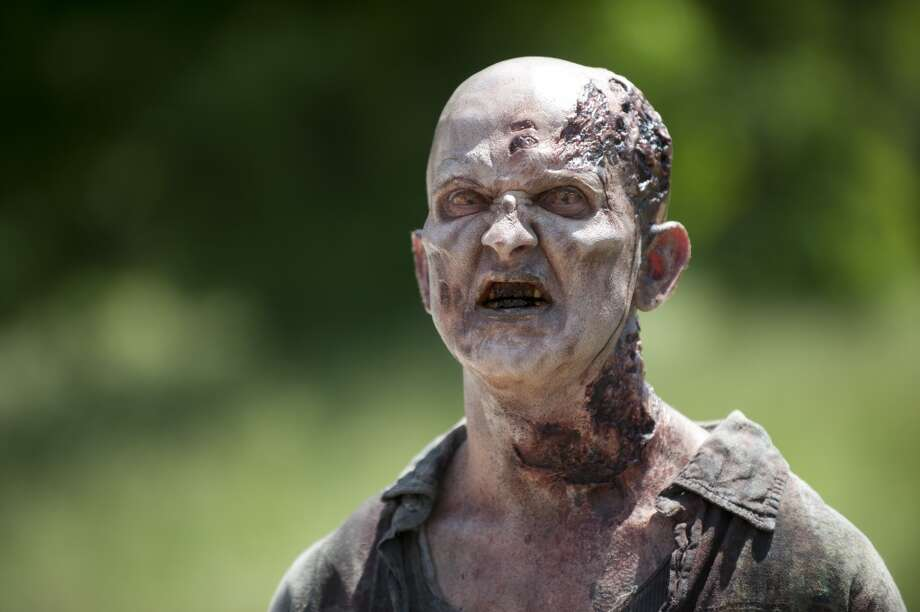 Walker - The Walking Dead _ Season 4, Episode 2 - Photo Credit: Gene Page/AMC