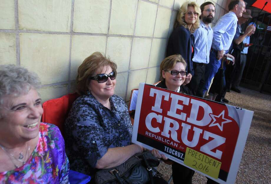 Karen Elrod, Billie Nixon, and Cynthia Nixon wait for doors to open for the welcome home event for Senator Ted Cruz on Monday, Oct. 21, 2013, in Houston. Photo: Mayra Beltran, Houston Chronicle / © 2013 Houston Chronicle