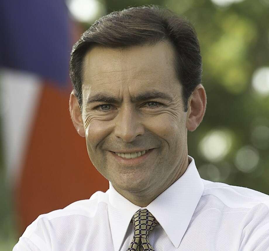 Orlando Sanchez, treasurer candidate / hand in photo