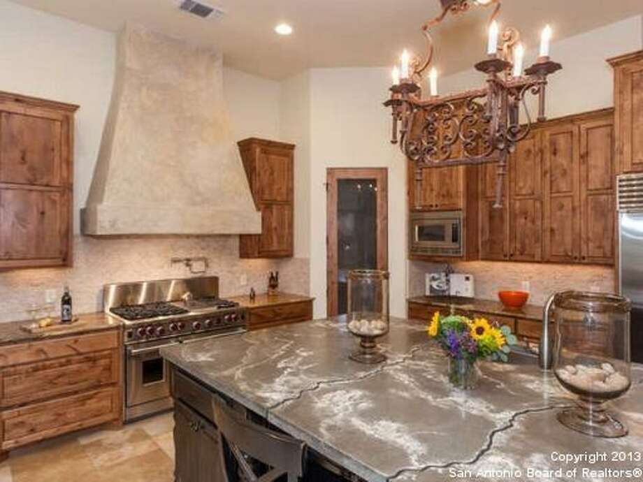 11027 Anaqua Springs Boerne, TX 78006-8491 Photo: San Antonio Board Of Realtors