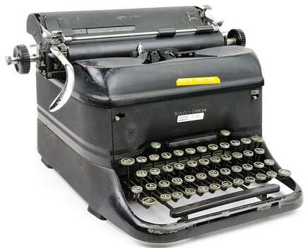 MAXINE'S ORIGINAL HOUSTON CHRONICLE TYPEWRITER 