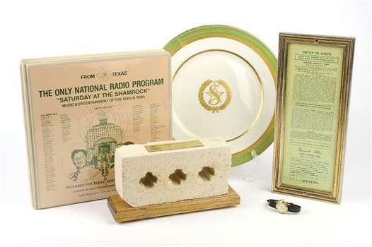 SHAMROCK HILTON MEMORABILIA GROUP 