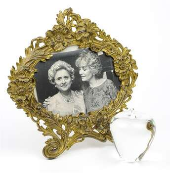 BARBARA WALTERS PHOTO AND STUEBEN PAPERWEIGHT 