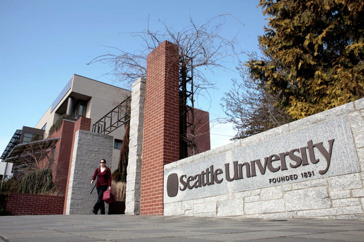14. Seattle University Students' personal political preference: 2.4/5Students' perception of campus political preference: 2.4/5
