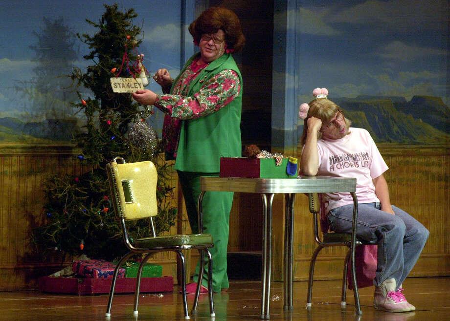 'Tuna Christmas,' 2001. Photo: KAREN L. SHAW, San Antonio Express-News / SAN ANTONIO EXPRESS-NEWS