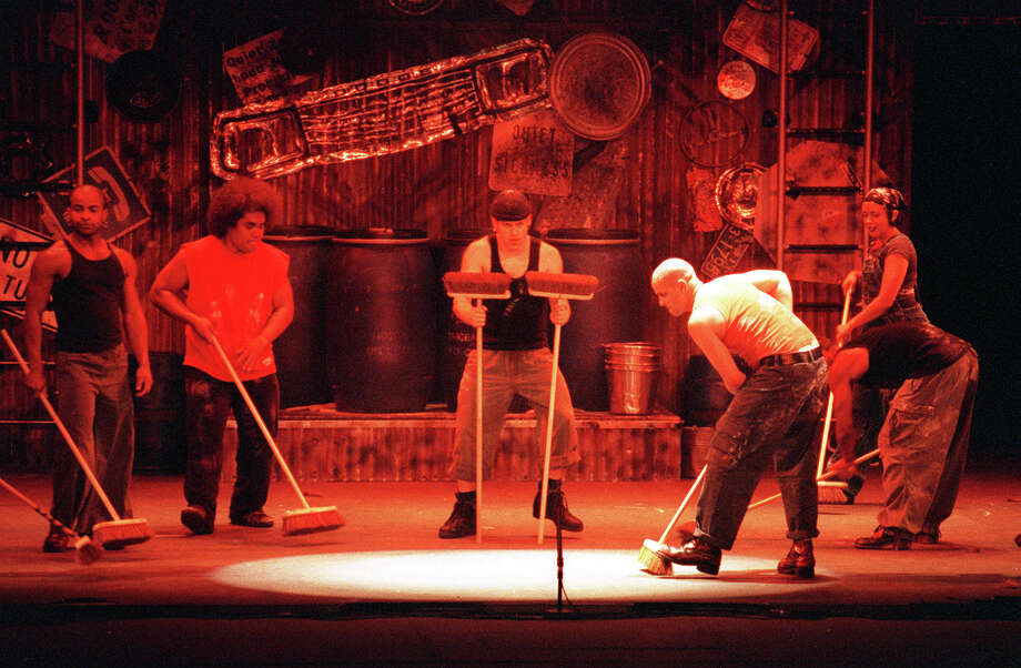 'Stomp,' 1999. Photo: WILLIAM LUTHER, San Antonio Express-News / EN