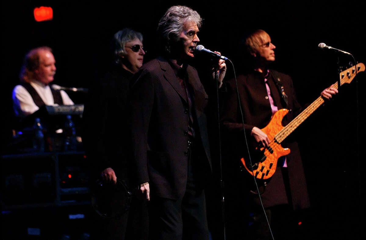 Danny Hutton and Three Dog Night performs with the San Antonio Symphony in 2005. (Nicole Fruge/San Antonio Express News)
