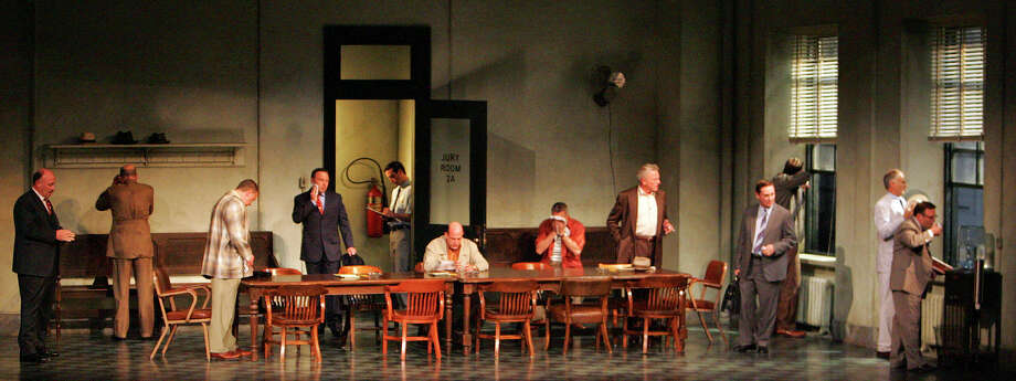 'Twelve Angry Men,' 2007. Photo: THAO NGUYEN, San Antonio Express-News / © SAN ANTONIO EXPRESS-NEWS
