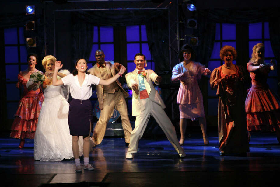 'The Wedding Singer,' 2008. Photo: DELCIA LOPEZ, San Antonio Express-News / delopez@express-news.net