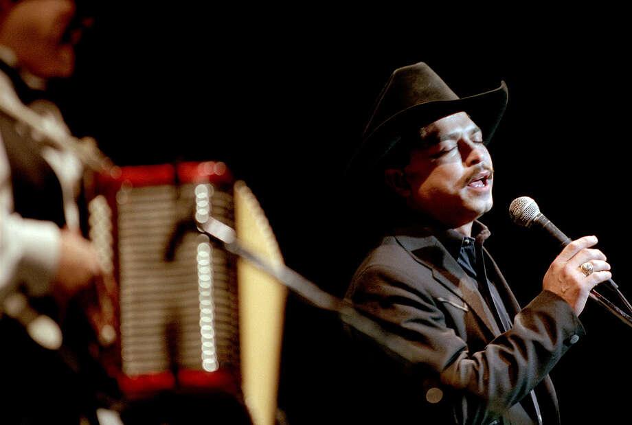 Emilio Naviara, 1997. Photo: ROBERT MCLEROY, San Antonio Express-News / SAN ANTONIO EXPRESS-NEWS