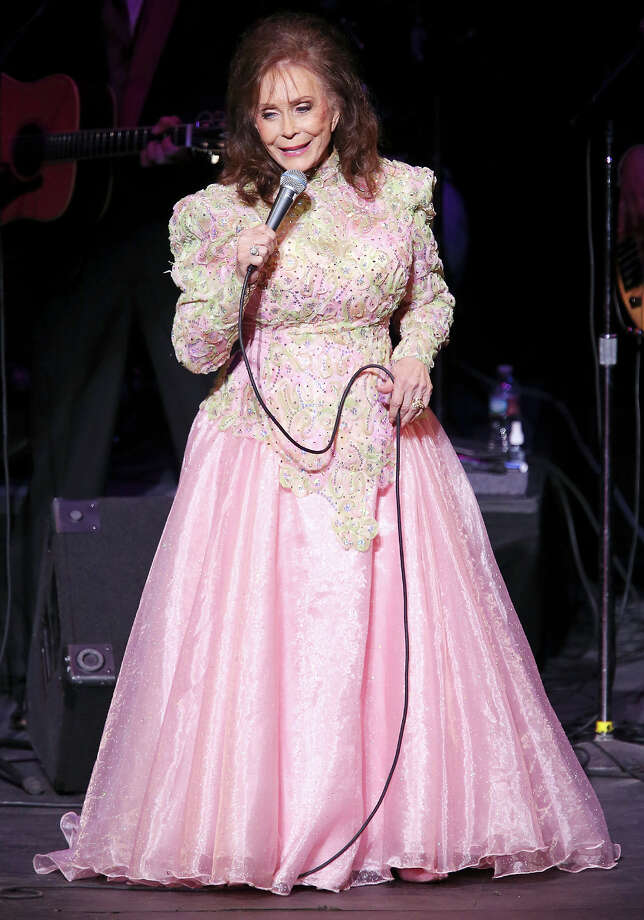 Loretta Lynn, 2013. Photo: Edward A. Ornelas, San Antonio Express-News / © 2012 San Antonio Express-News
