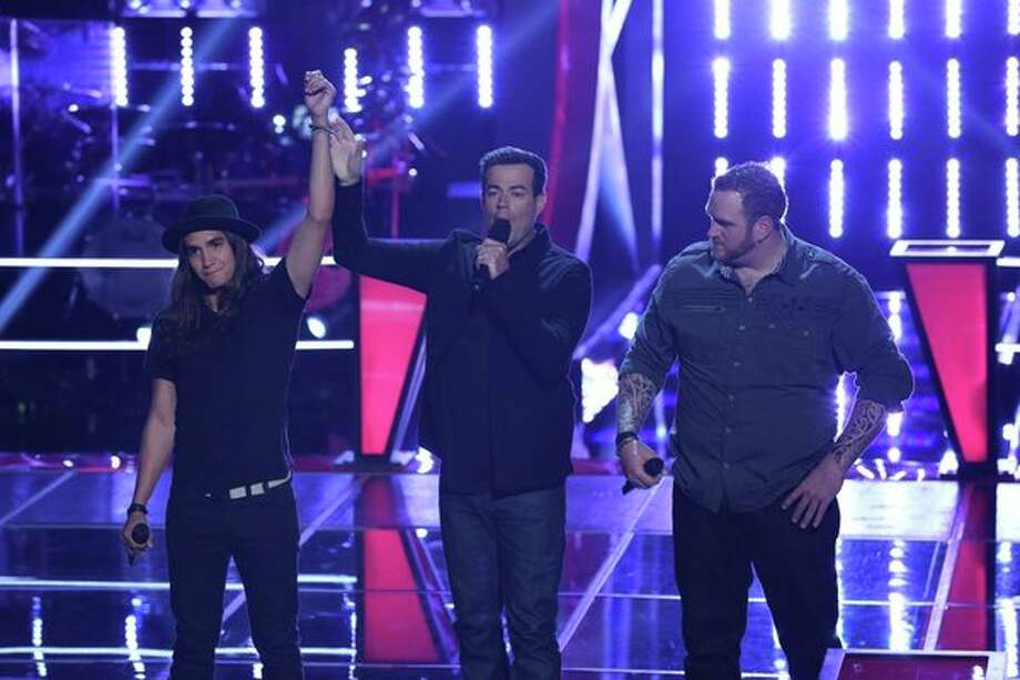 "THE VOICE -- ""Battle Rounds"" Episode 510 -- Pictured: (l-r) Jonny Grey, Carson Daly, Shawn Smith -- (Photo by: Justin Lubin/NBC) Photo: Justin Lubin/NBC / 2013 NBCUniversal Media, LLC"