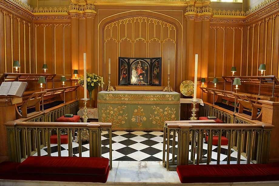 Imagen del interior de la Capilla Real del Palacio St. James en Londres, en una imagen del 17 de octubre de 2013, donde el príncipe Jorge será bautizado el miércoles 21 de octubre de 2013. Photo: John Stillwell, Associated Press