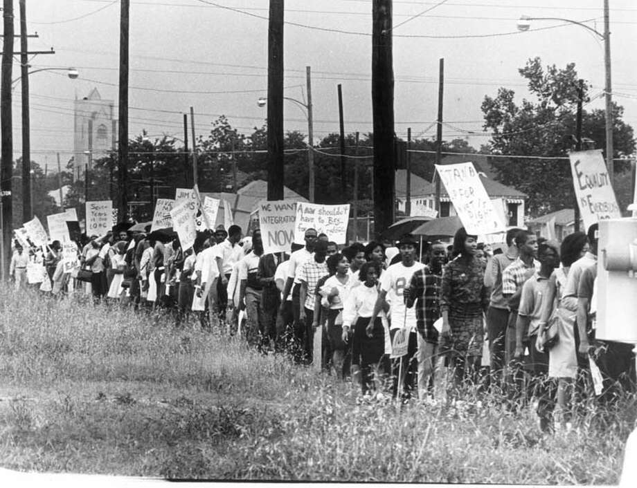 During integration of Houston schools, these demonstrators marched at Gray and Hamilton in 1965. Photo: Tom Colburn, © Houston Chronicle / Houston Chronicle