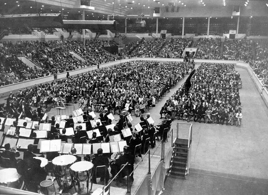 In the '60s, the Houston Chronicle sponsored dollar concerts at the Coliseum. Pictured is a Halloween concert in 1964. Photo: Frank Grizzaffi, Houston Chronicle / Houston Chronicle
