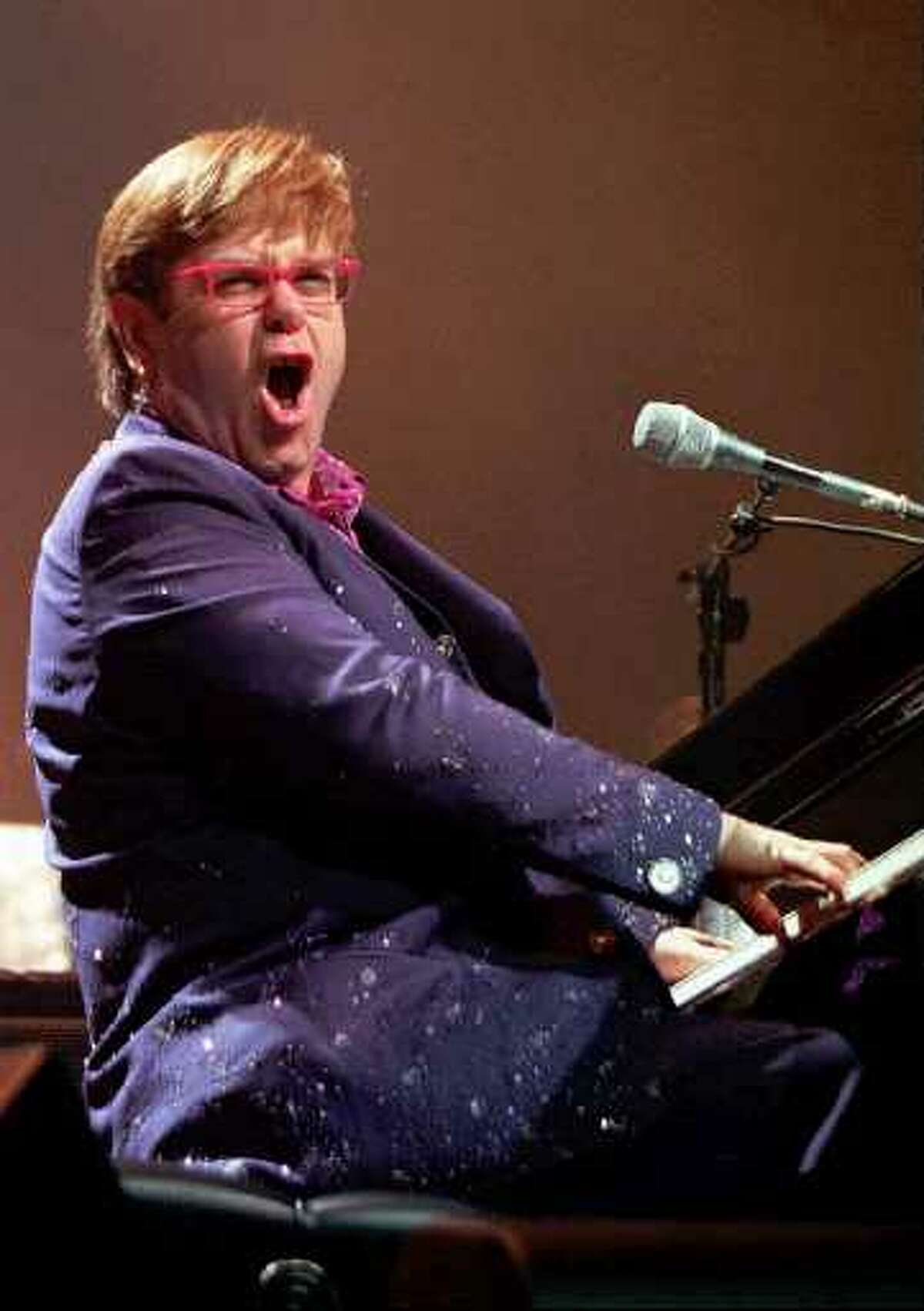 Elton John in 1997 (AP / Times Union archive)