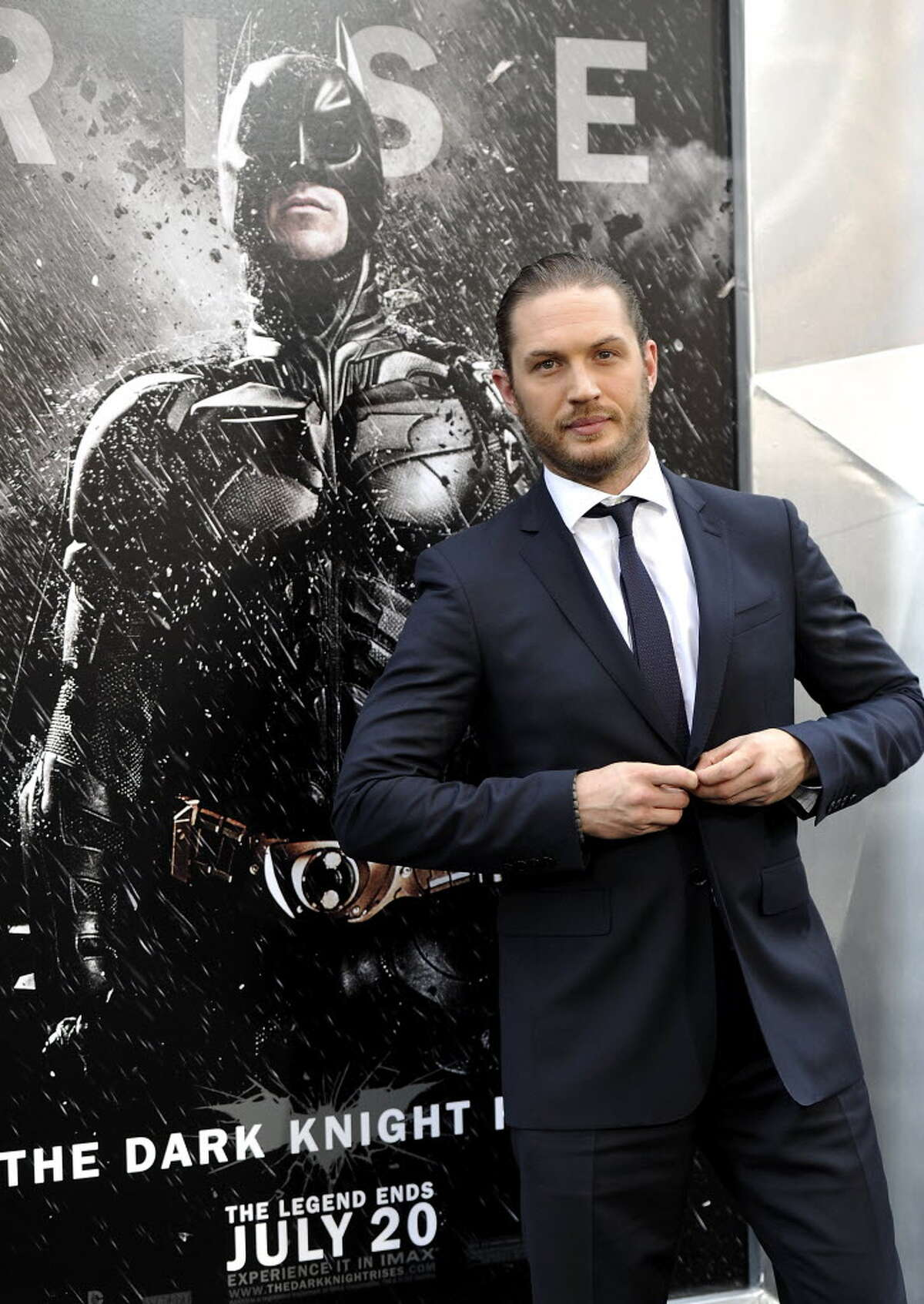 """Tom Hardy attends the world premiere of """"The Dark Knight Rises"""" at the AMC Lincoln Square Theater on Monday July 16, 2012 in New York. (Photo by Evan Agostini/Invision/AP)"""