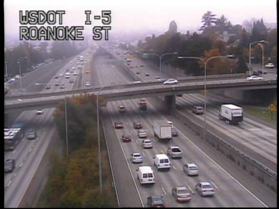 Cars slowed down while crews responded to the scene. (WSDOT)