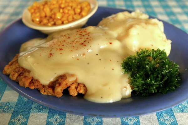 Chicken fried steak with corn and mashed potatoes from Radicke's Bluebonnet Grill is seen Wednesday May 18, 2011. (William Luther/wluther@express-news.net)