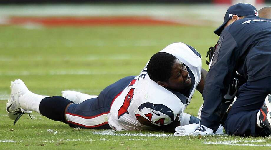 Running back Ben Tate feels the effects of four broken ribs suffered against the Chiefs on Sunday. Photo: Brett Coomer, Staff / © 2013  Houston Chronicle