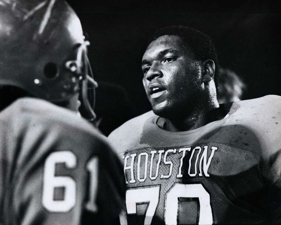 Wilson Whitley (1955-1992) –  Mr. Cougar, he was front and center in the D-line when UH entered the SWC, then conquered same. RIP, big fella. Photo: Bela Ugrin, Houston Chronicle / Houston Post Files