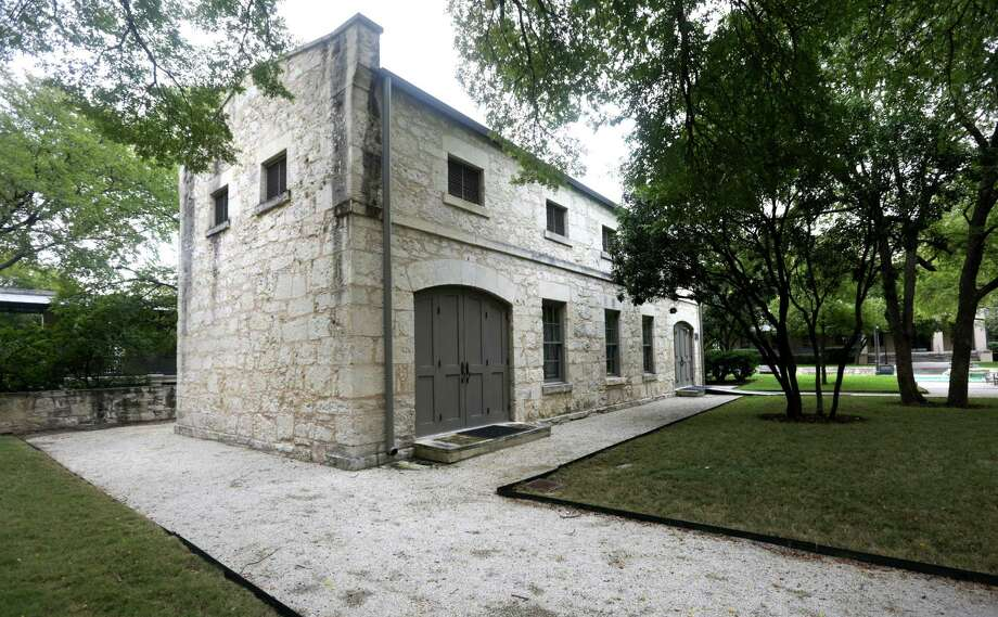 The old stables at the H-E-B Arsenal Headquarters now functions as a meeting place. Friday, Oct. 18, 2013. Photo: BOB OWEN, San Antonio Express-News / © 2012 San Antonio Express-News