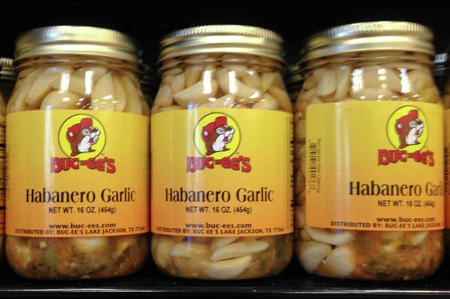HABANERO GARLIC: Horrible breath is the best way to discourage unwanted hitchhikers.  Photo: Brett Mickelson / Brett Mickelson