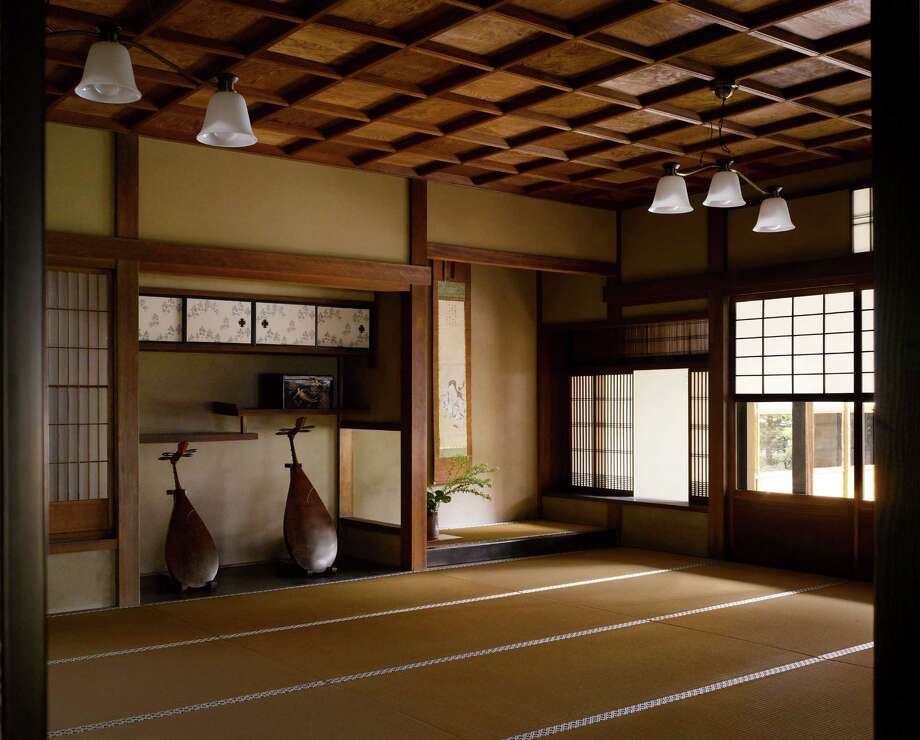 "Shoin, Reizei House, 17th century (rebuilt 1789) Kyoto, Japan. A particularly beautiful shoin (study room).From ""The Library: A World History"" by Cambridge University architectural historian James Campbell and photographer Will Pryce. Photo: Will Pryce / This picture can only be used with prior permission and/or agreement of fees with Will Pryce."