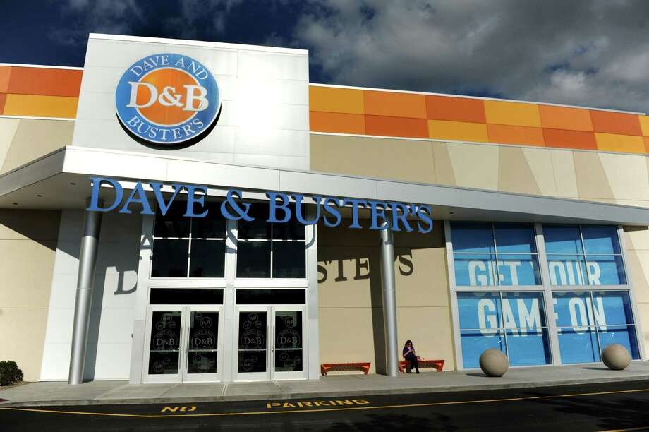 Dave and Buster's. Crossgates Mall, Guilderland.Dave and Buster's restaurant on Friday, Oct. 18, 2013, at Crossgates Mall in Guilderland, N.Y. (Cindy Schultz / Times Union) Photo: Cindy Schultz / 00024289A