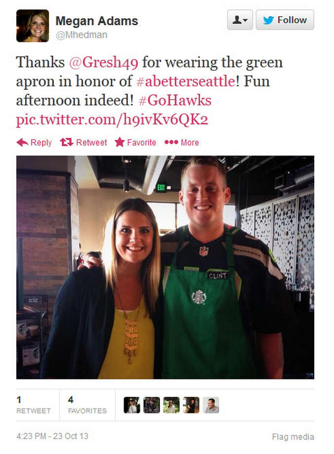 Gresham poses with a Seahawks fan at a Seattle-area Starbucks on Wednesday. Photo: Screenshot, Twitter