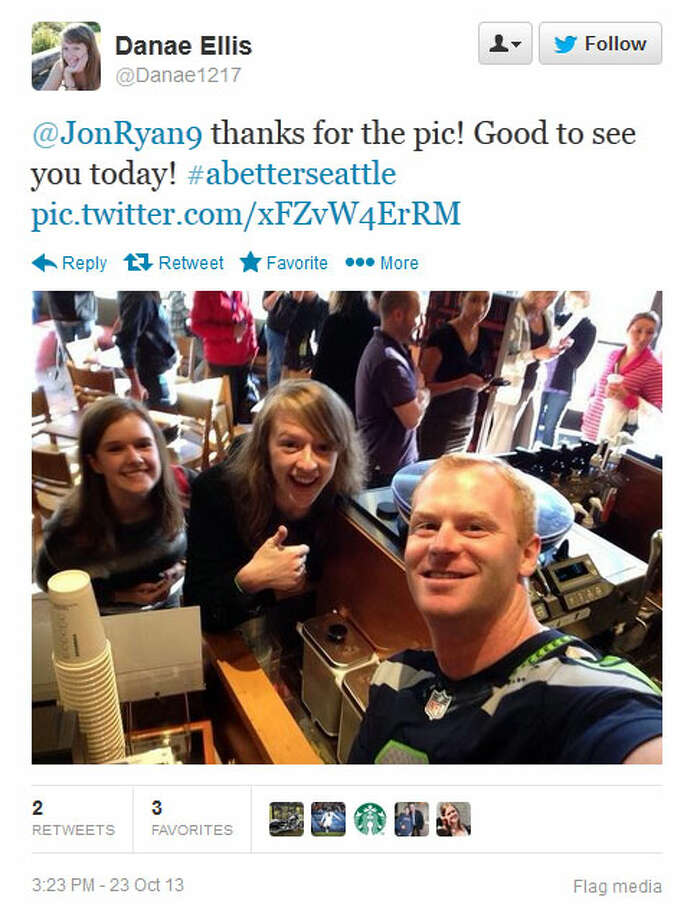 Ryan poses with some fans at a Seattle-area Starbucks on Wednesday. Photo: Screenshot, Twitter